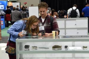 people taking rock identification quiz